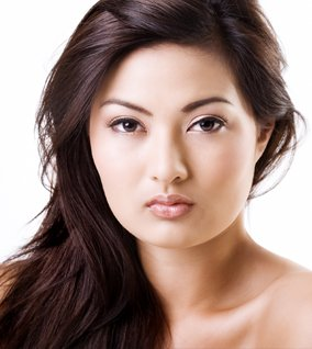 Non-Surgical EyeBag Removal with AGNES